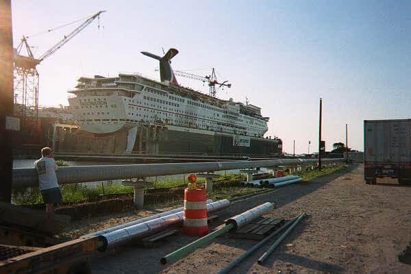 Cruise Ship cablinh